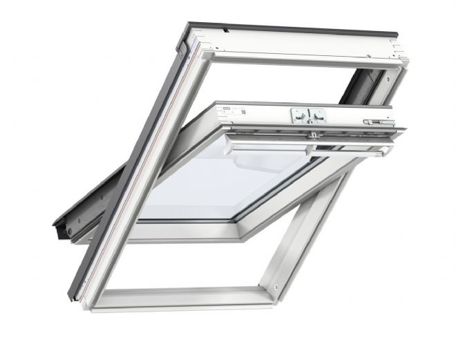 VELUX White-painted centre-pivot roof window